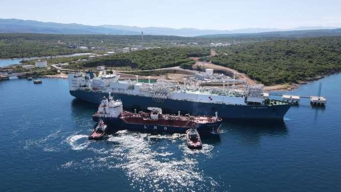 LNG reloading